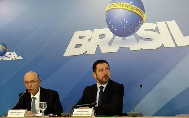 Henrique Meirelles e Dyogo Oliveira fizeram pronunciamento nesta sexta-feira (7) para anunciar projeção do governo
