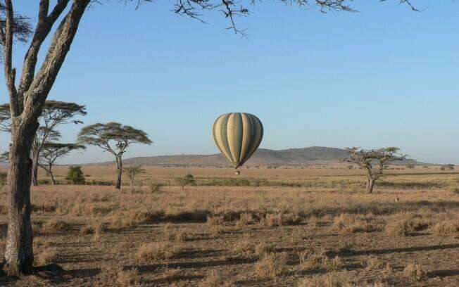 Safári com balão no Parque Nacional do Serengeti