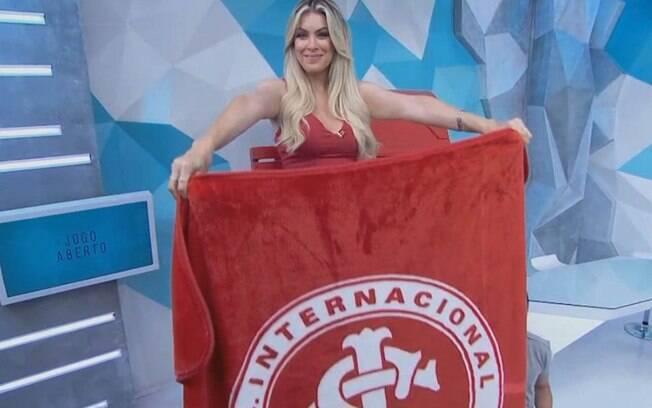 Renata Fan comemora liderança do Inter