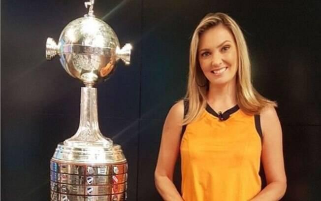 SBT negocia com Nadine Bastos, comentarista de arbitragem da Globo
