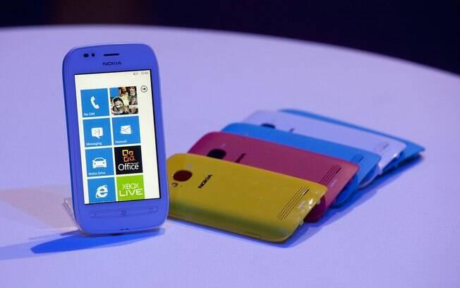 Linha Lumia vende pouco nos EUA, um dos principais mercados para smartphones no mundo