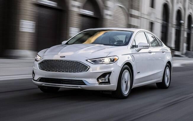 O Ford Fusion 2019 virá com o sistema Co-Pilot360 com, entre outros recursos, a frenagem automática
