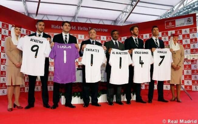 Detalhes das costas da nova camisa do Real Madrid