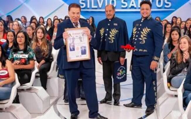 Silvio Santos irá receber título de Imortal