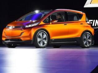 GM começará a produzir Chevrolet Bolt elétrico