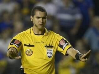 Ricardo Marques Ribeiro não viu gol legítimo do Goiás sobre o Peixe