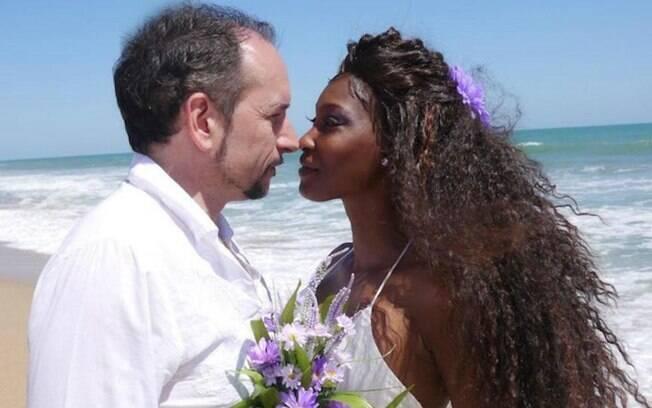 O casamento foi uma cerimônia simples para os mais próximos