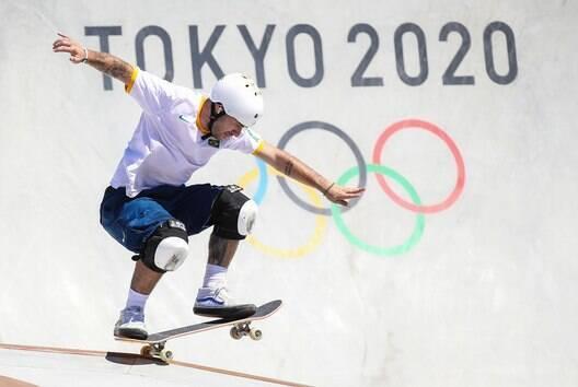 Pedro Barros brilha no skate park e garante a prata para o Brasil