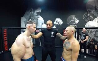 Popeye russo treina forte com Hulk após dar vexame em sua estreia no MMA