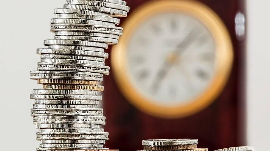 Elevação da taxa básica de juros estimula investidor a prestar mais atenção à renda fixa