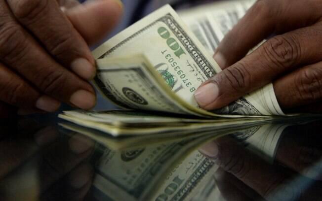 Dólar encerrou em R$ 5,603 nesta quarta (14)