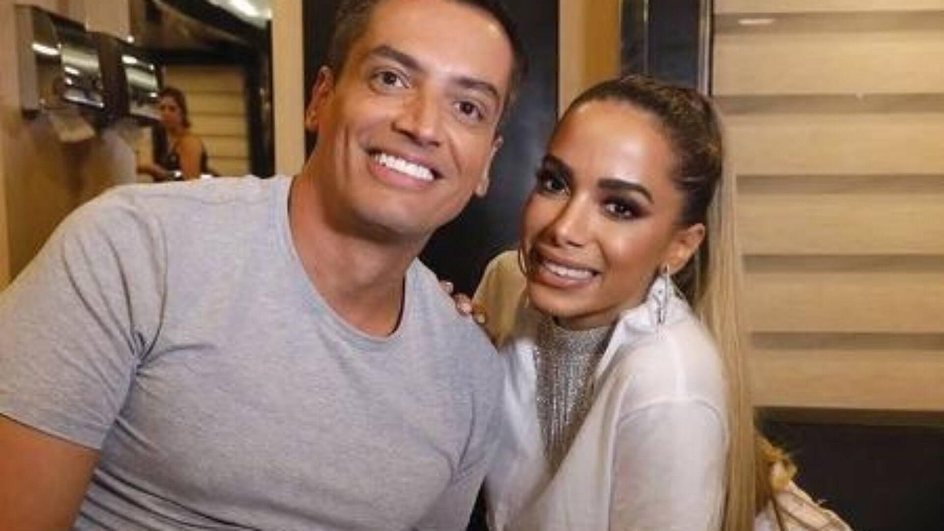 Leo Dias volta a falar de Anitta: 'Me fez ser demitido' - Fofocas dos Famosos - iG