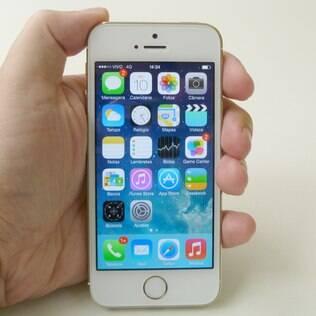Celular da Apple registra localização dos usuários com data e hora