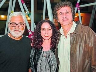 Trio. Os autores Paulo Halm e Rosane Svartman e o diretor José Alvarenga Jr são os responsáveis pela novela