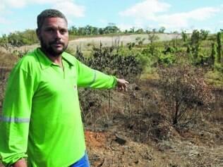 Susto. Reinaldo conta que ficou assustado ao encontrar a ossada no terreno próximo a nascente