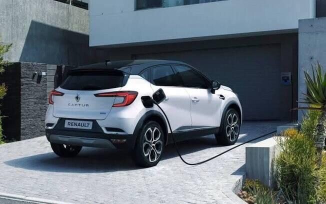 Veículos a combustão serão proibidos no Reino Unido; modelos híbridos devem sobreviver até 2035