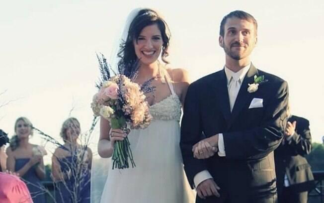 Steve fez questão de caminhar em seu casamento