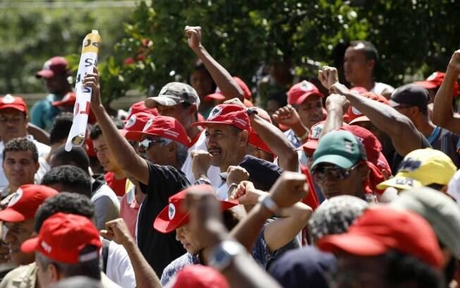 Manifestação do Movimento Sem-Terra na Bahia: 110 assassinatos em 30 anos somente no Estado
