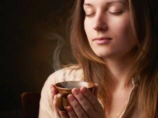 No frio a sensação de fome aumenta e bebidas quentes ajudam a