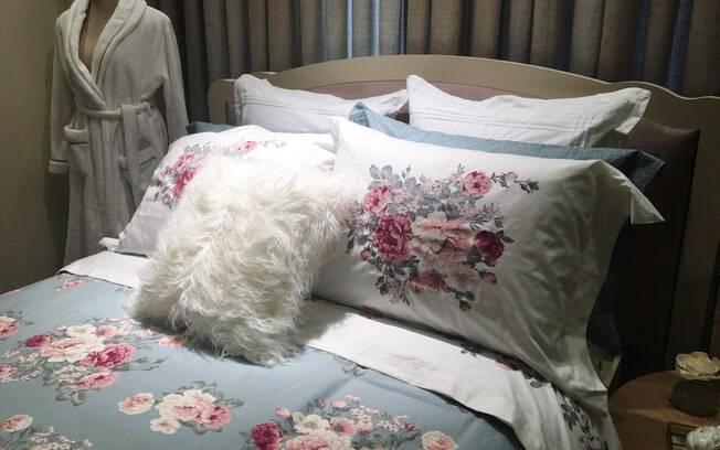 Especialista ensina a como montar uma cama confortável e aconchegante com algumas dicas simples e fáceis