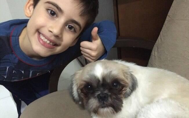 Diogo e seu cachorro Luke – o nome é uma homenagem ao personagem Luke Skywalker da franquia Star Wars
