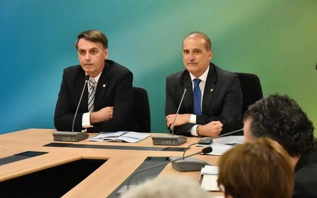 Futuro ministro da Casa Civil do governo Bolsonaro, Onyx Lorenzoni vai se reunir com partidos para aumentar a base do governo no Congresso
