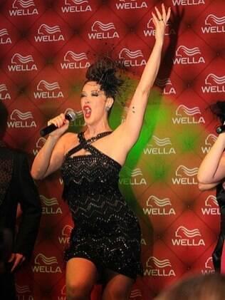 Por causa do musical, Claudia Raia trocou o Rio por São Paulo
