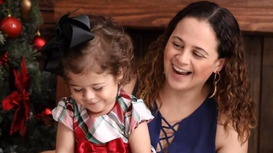 O empreendedorismo ajudou Daniela no acompanhamento do crescimento da filha