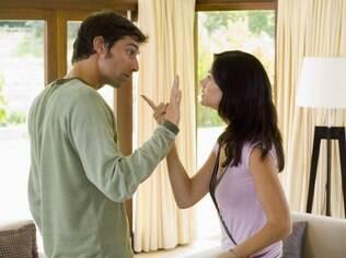 Na hora da discussão é melhor controlar a raiva e falar sobre o que você sente de verdade