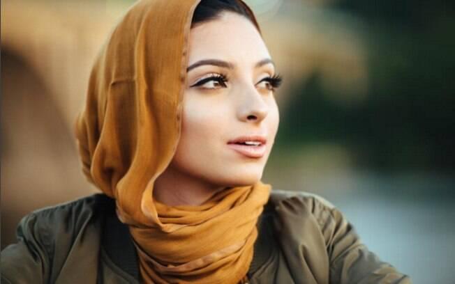 Noor Tagouri é muçulmana e vai posar para a revista Playboy