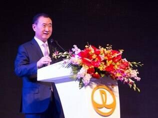 O dono da companhia, Wang Jianlin disse que o investimento irá ajudar a alavancar o desenvolvimento do esporte na China