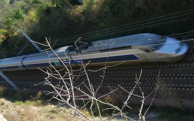 Trem ia de Estrasburgo para Paris