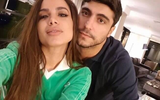 Em dia que completa 25 anos, Anitta ganha declaração do marido, Thiago Magalhães