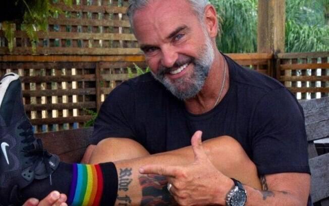Mateus Carrieri diz que filhas são bissexuais
