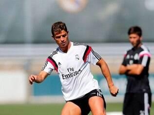 Cristiano Ronaldo participou normalmente dos treinamentos e está liberado para decisão da Supercopa da Espanha
