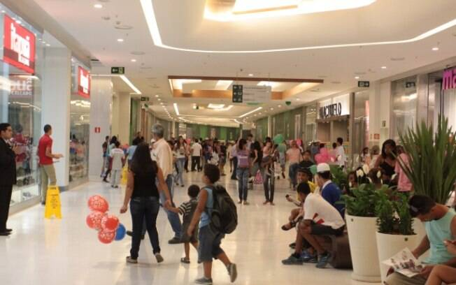 Comércio varejista tem alta maior na Paraíba e no Acre; dos 27 estados brasileiros, 24 tiveram ampliação nas vendas