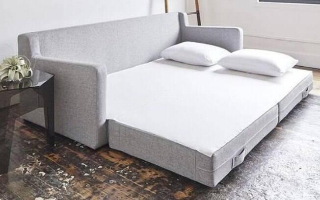 O sofá-cama não combina só com salas; dependendo do tamanho do cômodo, ele pode ser uma boa para quartos também