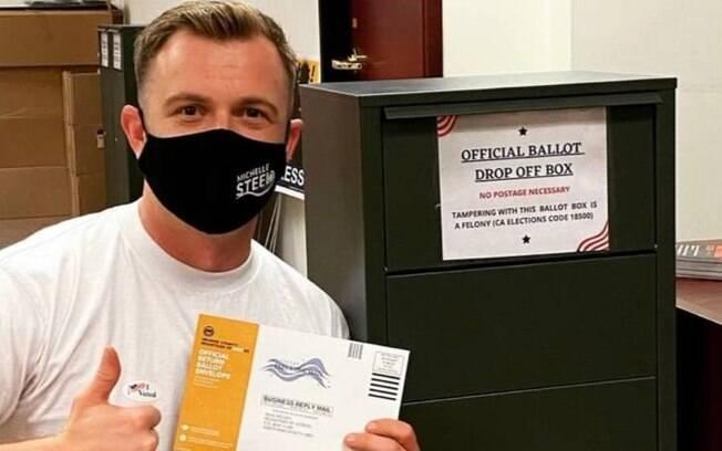 Jordan Tygh%2C ligado ao Partido Republicano%2C incentivou os eleitores a enviar mensagens a ele pedindo
