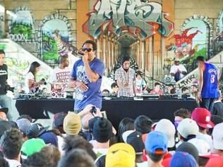 Mudança. Organizadores do Duelo de MCs levam o evento para rua Rio de Janeiro, entre Tamoios e Afonso Pena