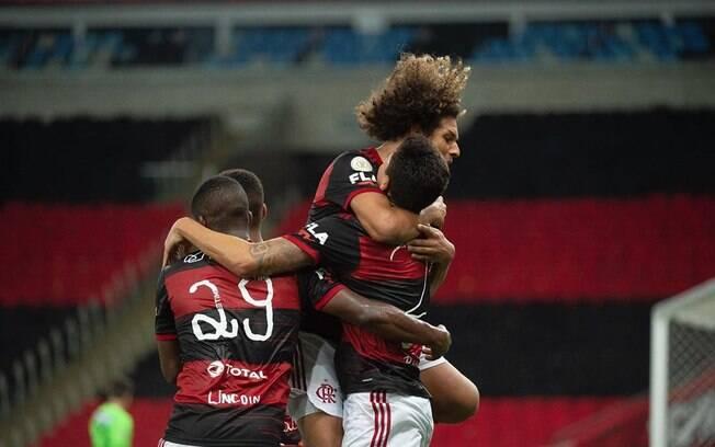 Já classificado, Flamengo encara o Junior Barranquilla