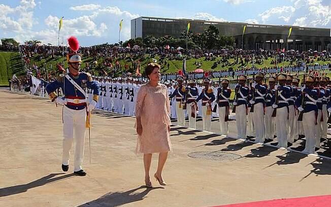 Após discurso no Congresso Nacional, Dilma se prepara para receber a faixa presidencial