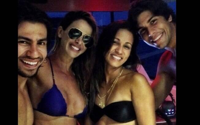 Mariano e Dany Bananinha curtem férias juntos em Maceió