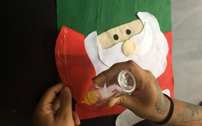 Almofada de Natal: cole e remonte o desenho