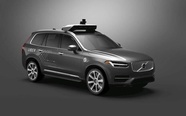 O acidente  com o Volvo XC90 autônomo está no centro de uma polêmica entre a Uber e a Waymo