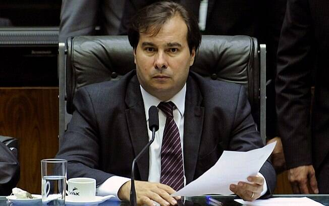Presidente da Câmara, Rodrigo Maia (DEM-RJ) encerrou a sessão antes da votação da PEC