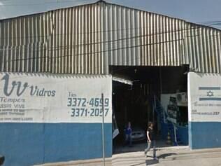 Vidraçaria é tradicional no bairro Calafate