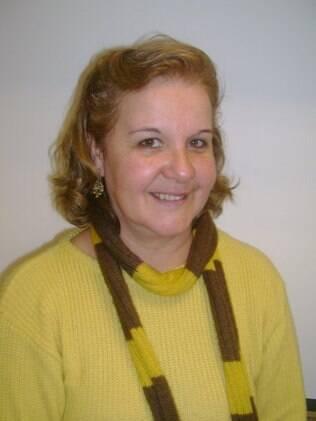 Mercedes Lira, 54, é adepta da internet para informação e diversão