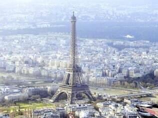 Locais sensíveis.  Drones passaram por locais como a Torre Eiffel, Montparnasse e praça da Concórdia