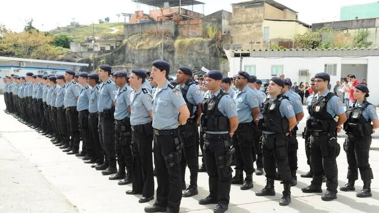 Dentro e fora do Brasil: PM-RJ pagou mais de 100 viagens de policiais em 2019