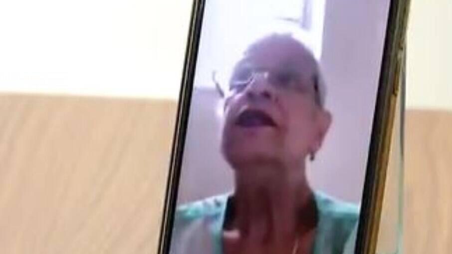 Célia Rocha disse à GloboNews que a filha, genro e netos